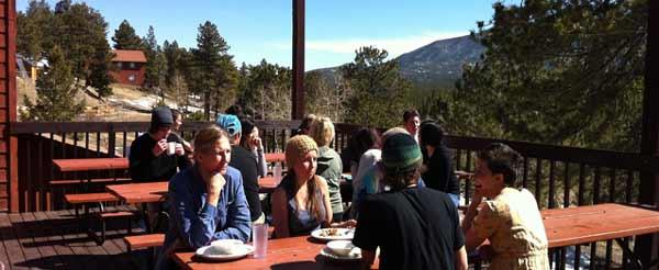 dining-on-deck